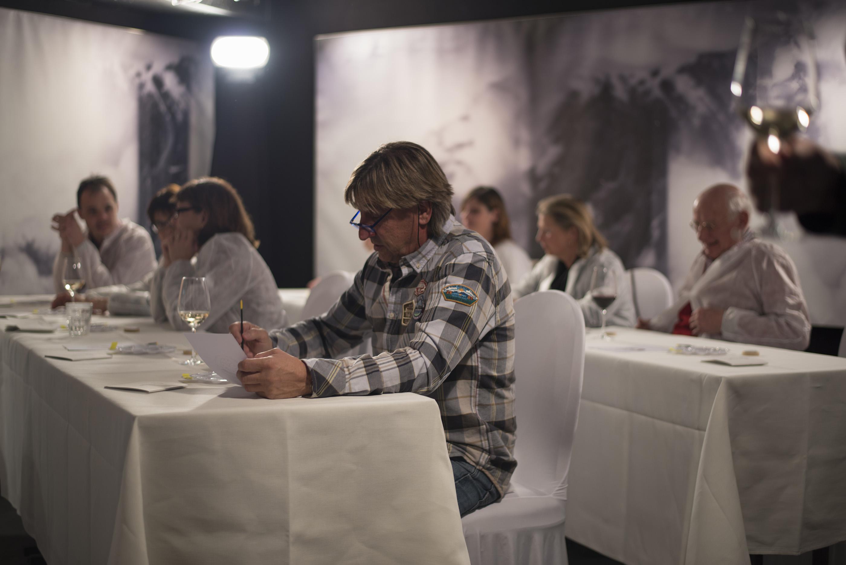 art meets art - workshop ziffernblatt bemalen